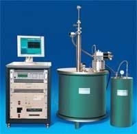无液氦超导强磁场平台