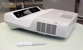 超短焦 交互式投影机  EB-450Wi