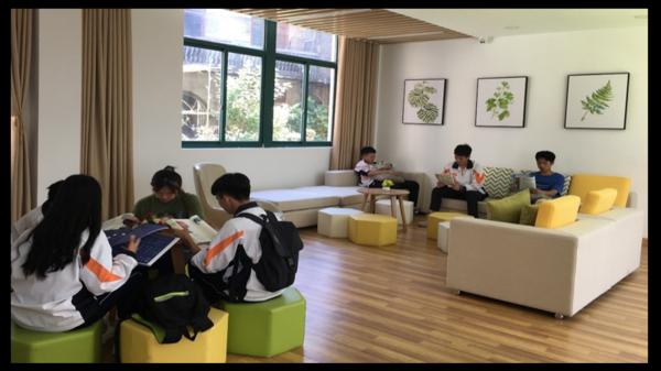 福建福安市第三中学图书馆