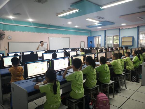 """编程教育""""刚需""""化,金沙多所小学开设编程课程"""