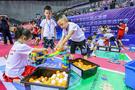 孝义:200多名青少年玩转机器人 感受科技魅力