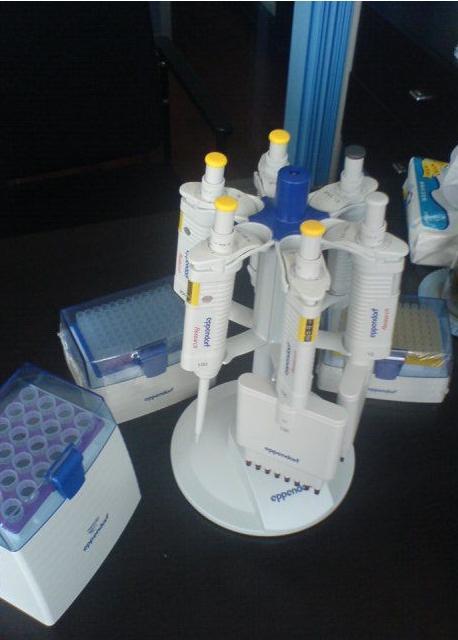 上海恒久200-1000ul微量可调移液器