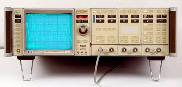模拟示波器向数字示波器转变的10年